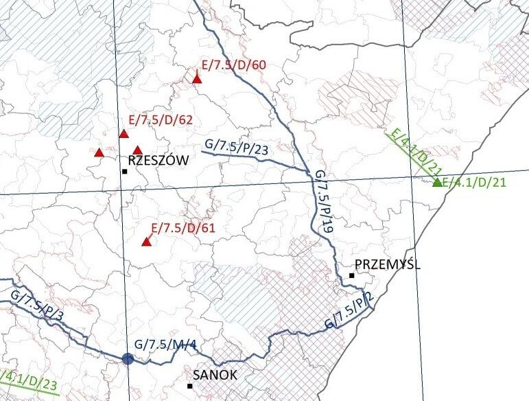Rys. 3. Fragmenty map prezentujących lokalizację inwestycji na różnych etapach projektowania, planowanych w ramach Project Pipeline na lata 2014-2020 na tle obszarów Natura 2000 w Polsce