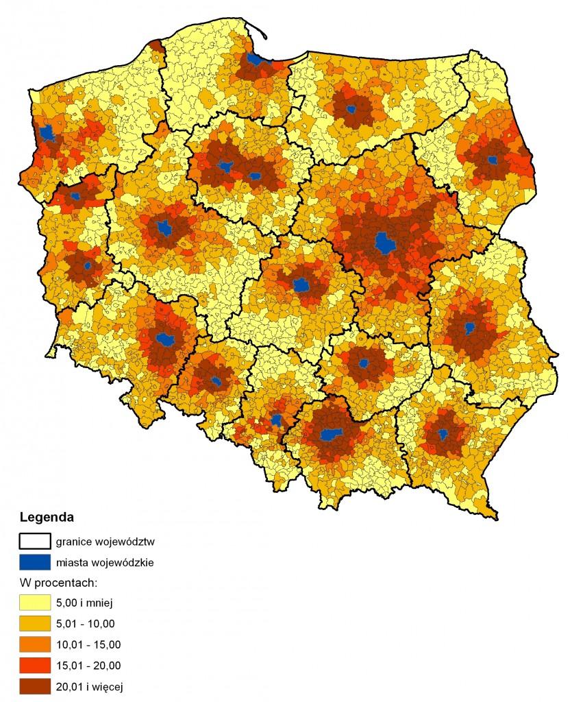 Rys. 1. Udział przyjeżdżających do pracy do miast wojewódzkich w liczbie zatrudnionych w gminie zamieszkania w 2011 roku