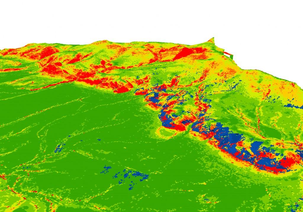 Rys. 6. Lokalizacja wywrotów i złomów (kolor granatowy) na tle rastra przedstawiającego nachylenie terenu (kolor zielony nachylenie do 5%; kolor czerwony nachylenie >25%)