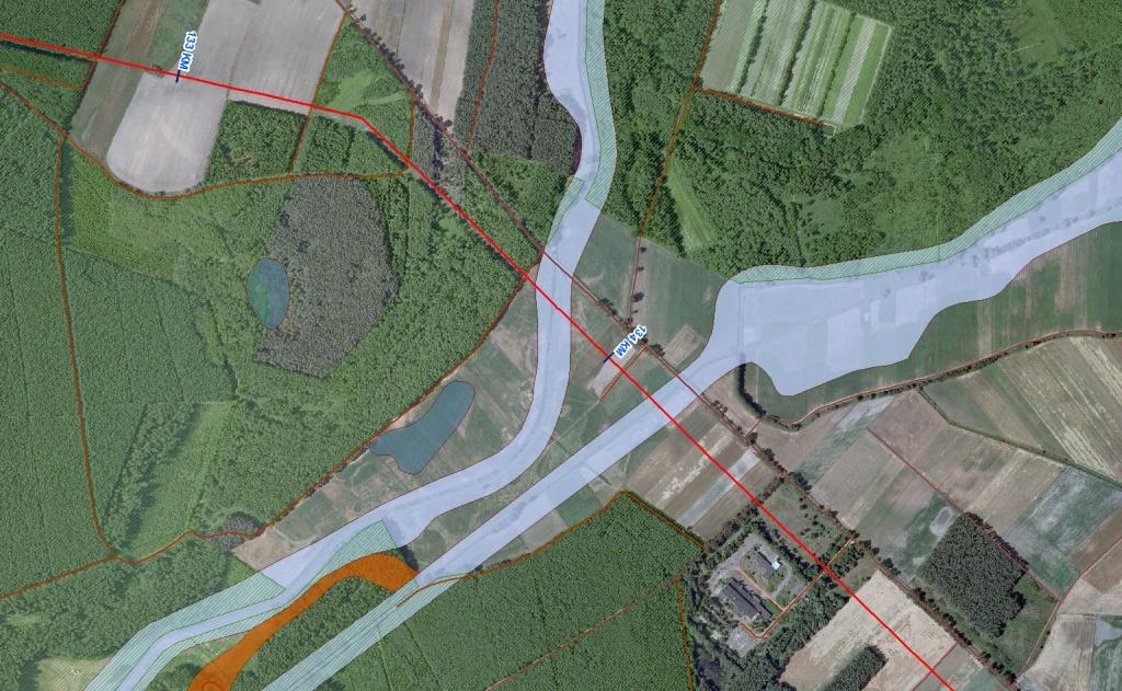 Rys. 3. Optymalizacja przebiegu trasy – kombinacja ortofotomapy, topograficznej bazy danych oraz danych geologicznych i środowiskowych.